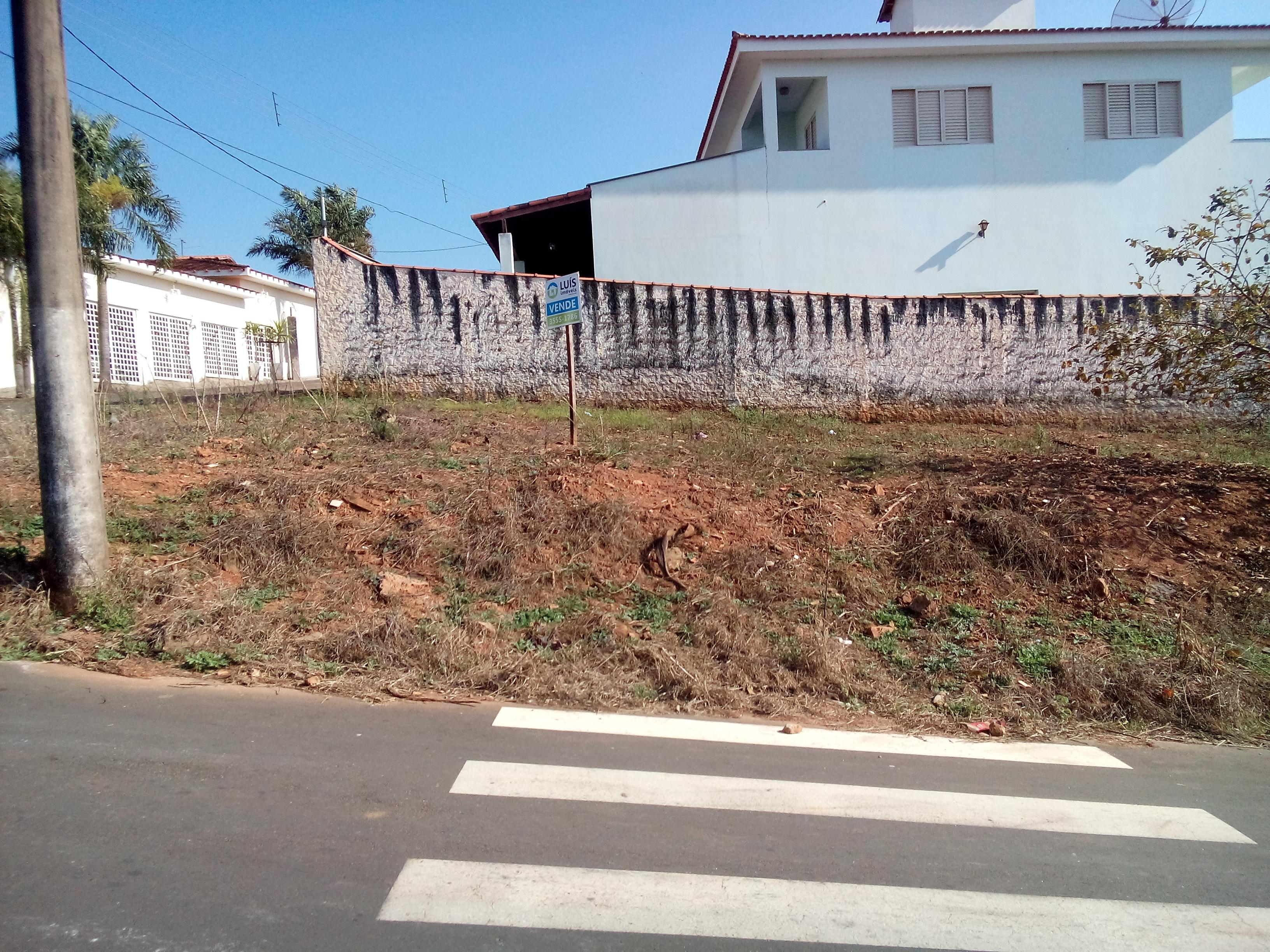 Terreno disponível para Venda Rua: André Torres, bairro Nova Guaranésia, Guaranésia – MG